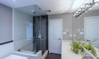 Contemporary maple bathroom (4)